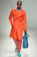 Salvatore Ferragamo Primavera 2013 Mens Fashion IMAGEN QUE GENERA VALOR (3)