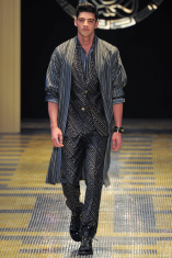 Versace Primavera Verano 2013 Moda Masculina Consultoria de Imagen (4)