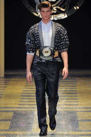 Versace Primavera Verano 2013 Moda Masculina Consultoria de Imagen (8)
