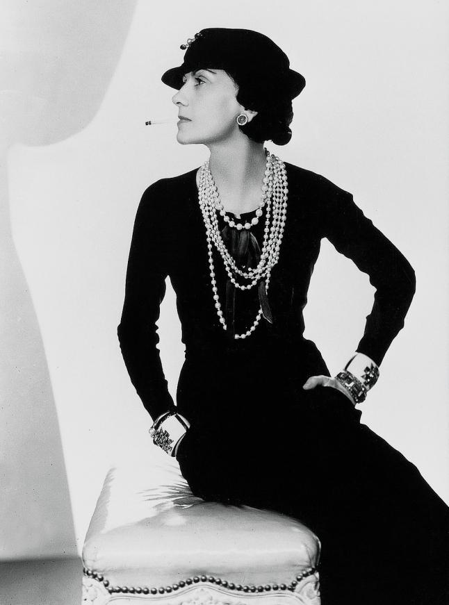 Frase de Coco Chanel IQGV Imagen publica