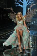 el_desfile_mas_sexy_del_mundo_victorias_secret_show_2014_19915576_800x1202