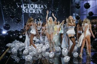el_desfile_mas_sexy_del_mundo_victorias_secret_show_2014_690702543_1200x800