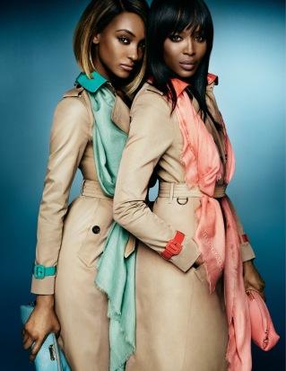 Naomi Campbell y Jourdan Dunn para Burberry Primavera/Verano 2015