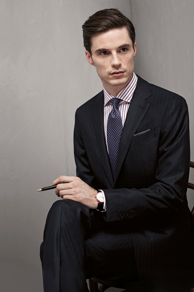 formal-and-classic-tailored-suit
